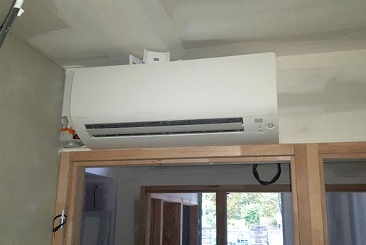 Mise en service d'une climatisation dans une maison à Saint-Malo