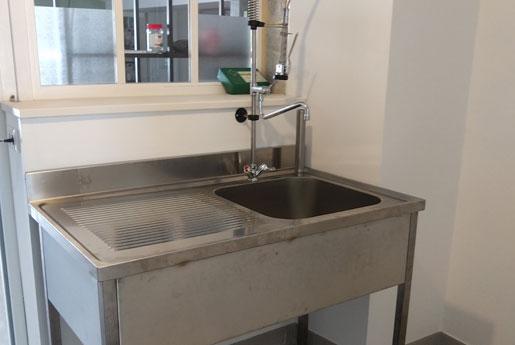 Système de chauffe eau et évier professionnel à Rennes