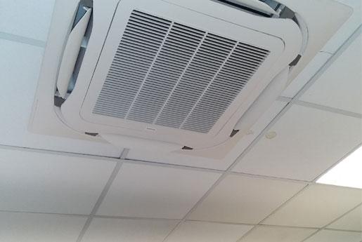 Mise en service d'une climatisation dans une maison à Saint-Malo par Climarvor